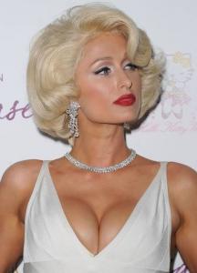 """Paris Hilton – """"Tease"""" smaržu prezentācijas ballītē"""