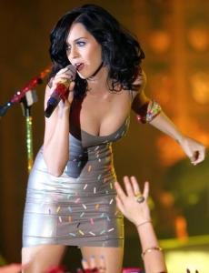 Katy Perry uzstāšanās Plaza Ballroom