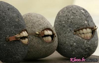 Mākslinieks - akmeņkalis Hirotoshi Itoh.