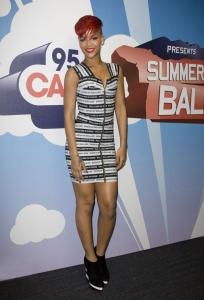 Rihanna Londonā - Summertime Ball pasākumā
