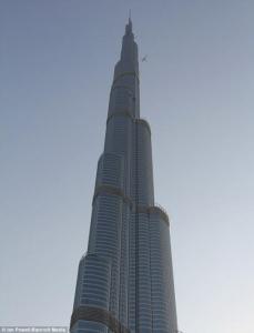 Том Круз покоряет небоскребы Дубая