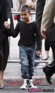 Сын Анджелины Джоли и Брэда Питта стал актером