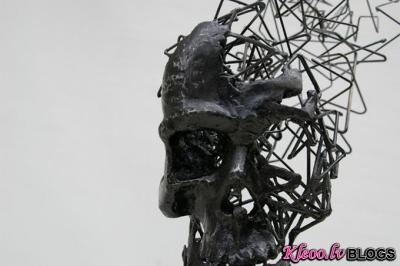 Skulptors Tomohiro Inaba .