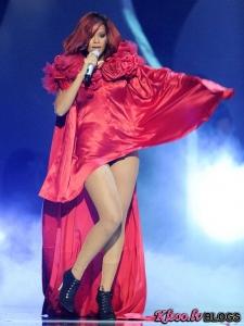 Brīnišķīgie Zvaigžņu stili pasākumā Brit Awards 2011!