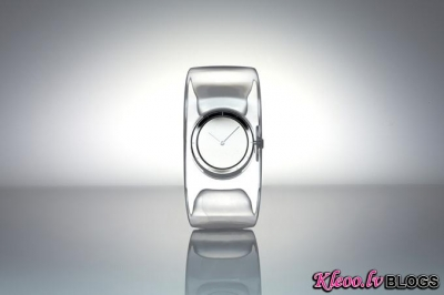 Issey Miyake jaunais pulksteņa dizains.