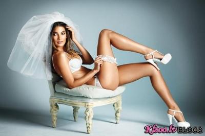 Lily Aldridge  Victoria's Secret apakšveļas reklāmā līgavām.