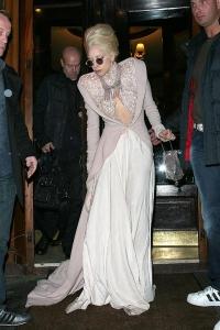 Леди Гага оделась Снежной королевой