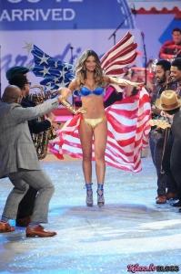 Victoria's Secret 2012 .