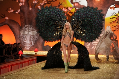 Victoria`s Secret 2010: ангелы и воины