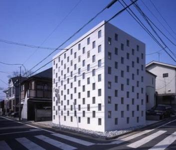 Cell Brick - крошечный, но очень уютный и необычный дом