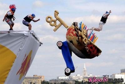 Red Bull Flugtag-2011 Maskavā.