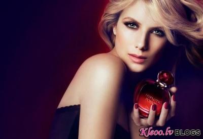 Hypnotic Poison no Dior reklāma.