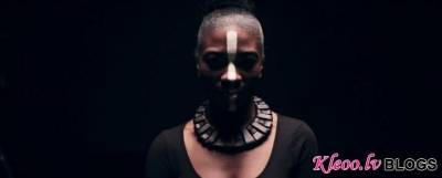 Jaunais video no SBTRKT - Pharaohs (Feat. Roses Gabor).