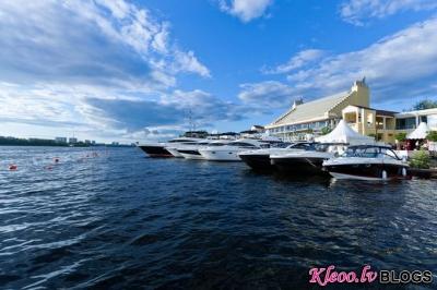 Millionaire Boat Show 2011.