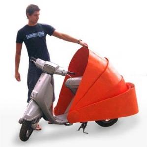 Lieliskais motorollers!
