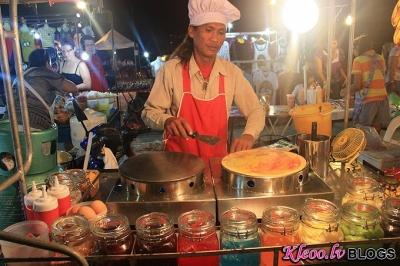 Nakts veikals Taizemē.
