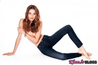 Džinsu reklāma brendam Juicy Couture (rudens 2012).