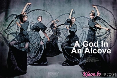 Black Magazine .