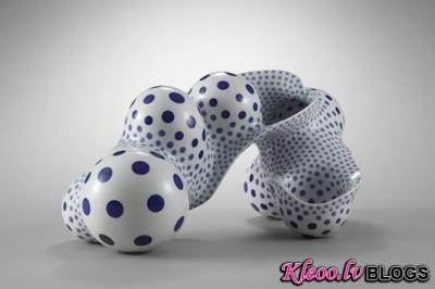 Abstraktā keramika no Harumi Nakashima.