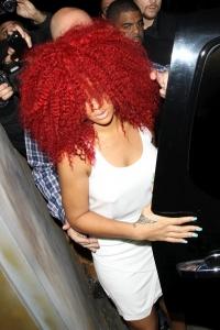 """Rihanna naktsklubā """"Las Palmas"""" Holivudā"""