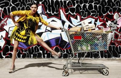 Dēvida Bērtona fashion bildes