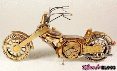 Motocikli no pulksteņiem.