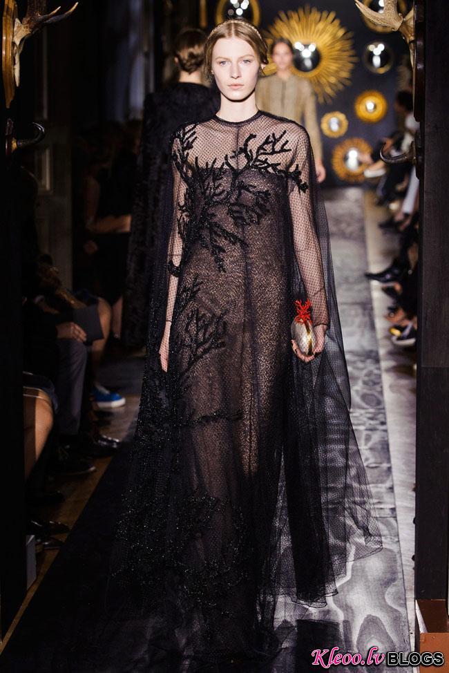 valentino-haute-couture-fall-43.jpg