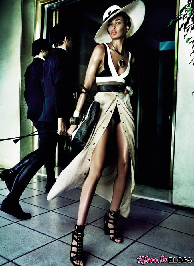 Joan-Smalls-Mario-Testino-Vogue-Brasil-05.jpg