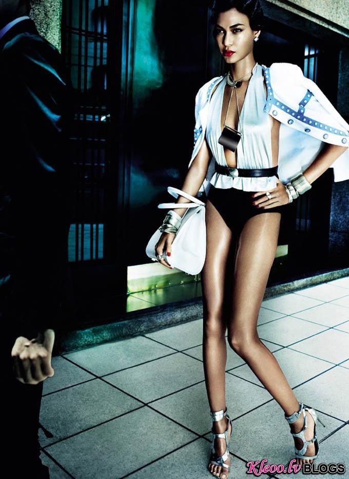 Joan-Smalls-Mario-Testino-Vogue-Brasil-09.jpg