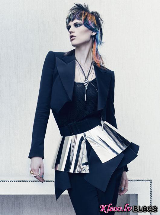 Saskia-de-Brauw-W-Magazine-01.jpg