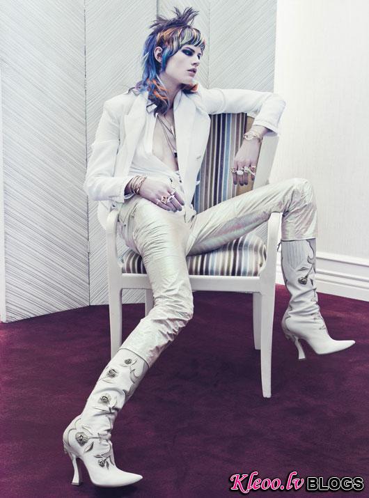 Saskia-de-Brauw-W-Magazine-02.jpg