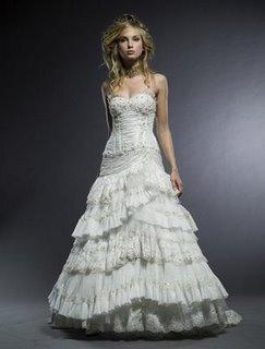 Kāzu kleitas :mode 2010  Mežģīņu gofre