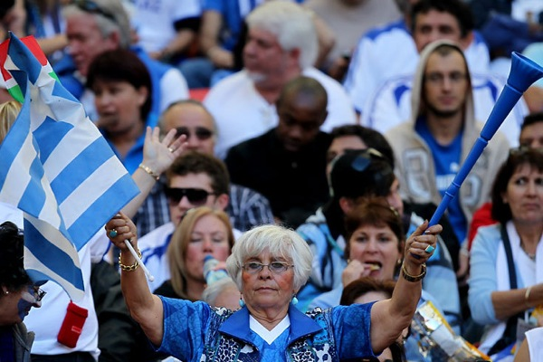 world_cup_2010_fans_greece01.jpg
