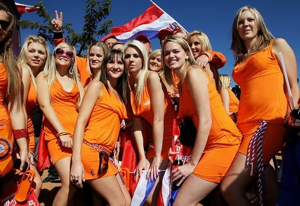 world_cup_2010_fans_holland03.jpg