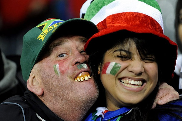 world_cup_2010_fans_italy01.jpg
