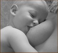 Vēlreiz par krūts barošanas priekšrocībām