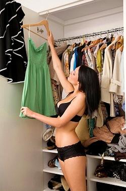Jūsu garderobe: viss pa plauktiņiem!