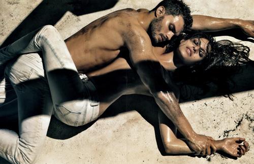 Eva Mendes – Calvin Klein Jeans 2010 Ads