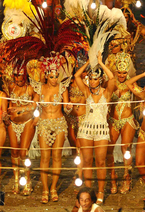 "Beyonce – ""Put it in a Love Song"" Music Video Set in Rio de Janeiro"