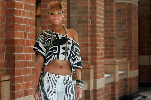 "Rihanna – ""Rated R"" Album Photocall in Sydney"