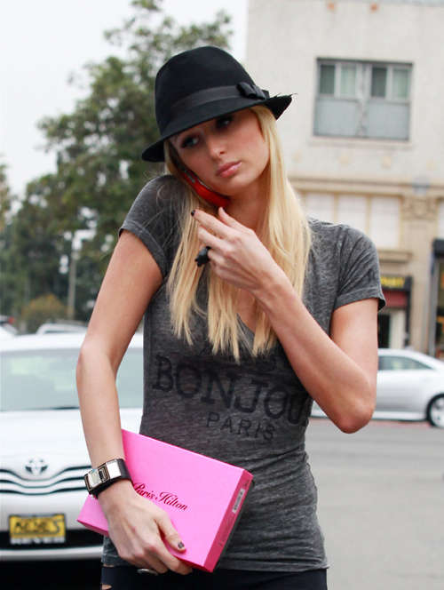 Paris Hilton – Candids in Hollywood