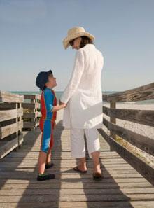 Kā mēs audzinām savus bērnus? Apslēptie vēstījumi
