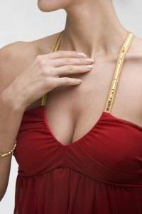 Vizuāli palielināt krūtis? Nav problēma