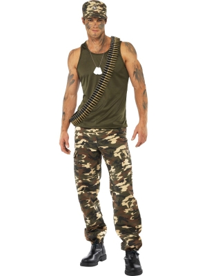 Armijas stila kostīms