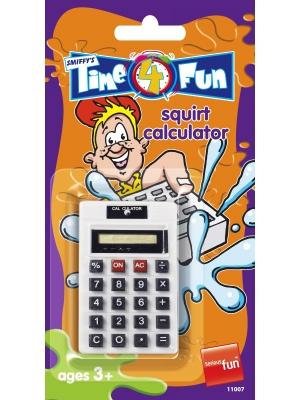 Kalkulators, izšļāc ūdeni