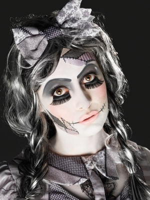 Damaged Doll Make Up Kit