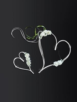 2 pcs, Rattan hearts with posies, cream
