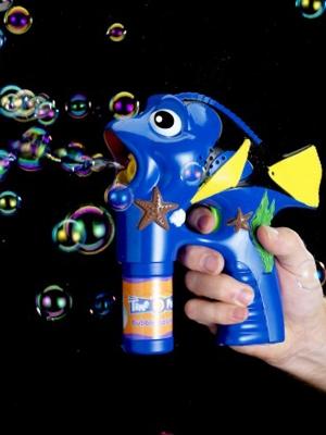 Regal Tang Fish, Bubble Gun