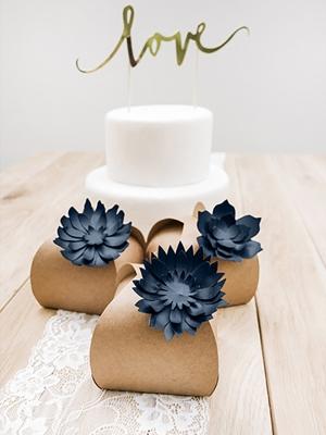 3 gab, Papīra dekorācija Zieds, tumši zils, 7.5 - 8.5 cm