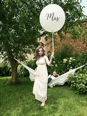1 metra balons Mrs, balts